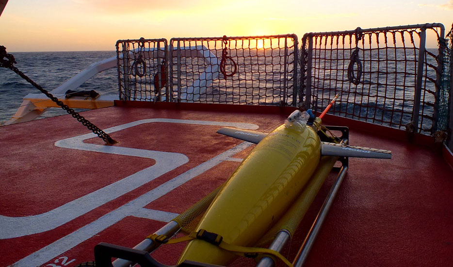 A SOCCO Seaglider on the deck of the SA Agulhas II