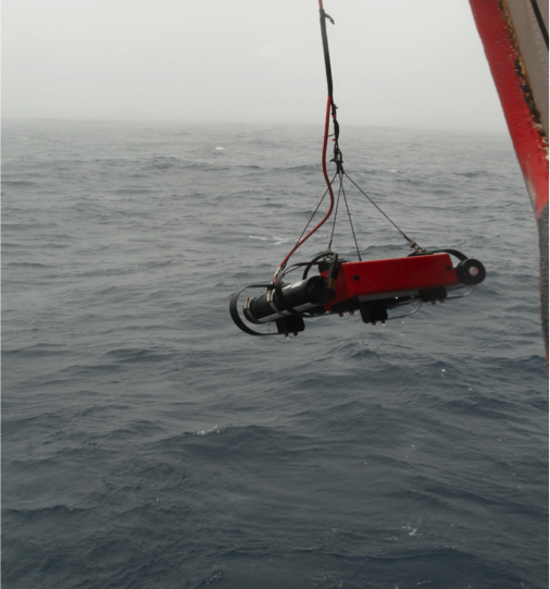 The profiling radiometer C-OPS from Biospherical gets deployed over the side of the SA Agulhas